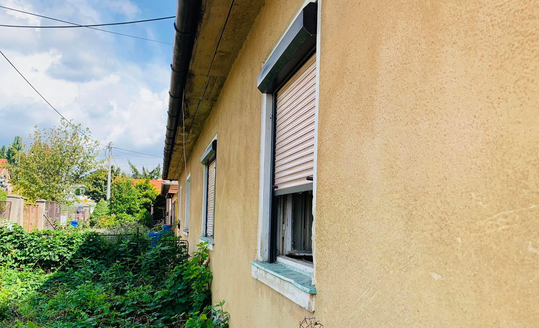 PREDANÉ   Možná dohoda na cene!  Zdravý rodinný dom   266 m2   čiastočne podpivničený   tichá lokalita  Trnava